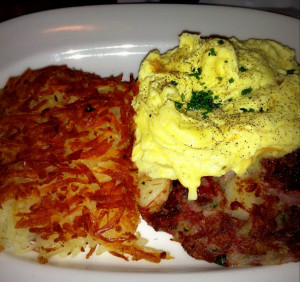 Look at those hash browns! at Blue's Egg. i8tonite: A Cheat Sheet to Eating in Milwaukee